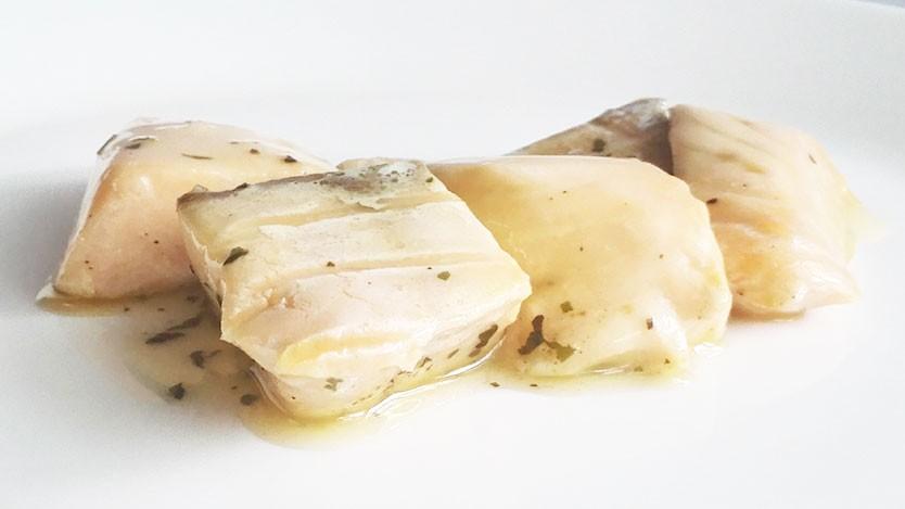 無印の冷凍新商品はサーモン。魚を手軽に食べられて、子どもにお弁当にもいいよ。