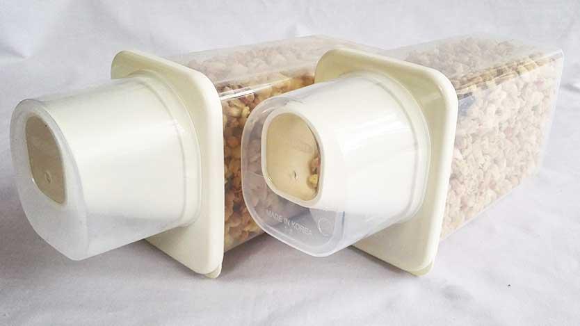 100均ダイソー「穀物保管容器」が無印の米保存容器みたいでツカエル~
